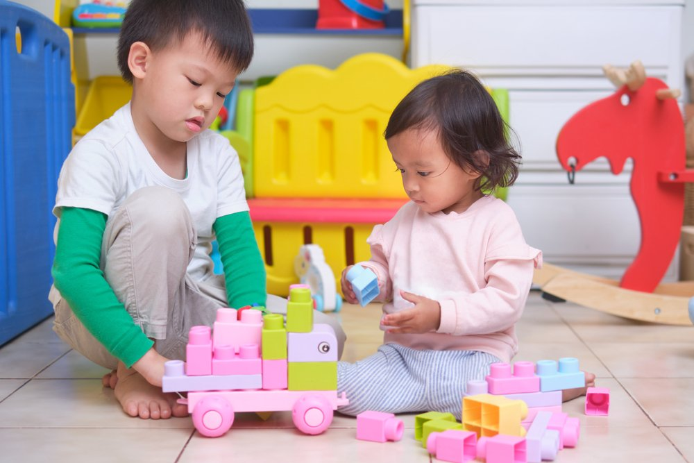 Toy Rotation Tips For MOntessori families
